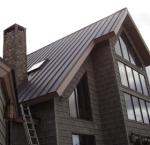 Installing Metal Roofing 909